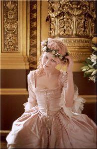 Marie-Antoinette-marie-antoinette-14385960-455-7001