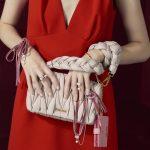 20代女性に人気ブランドバッグランキング2018最新版♪ミュウミュウ、サマンサタバサ、ケイトスペード、プラダ、トリーバーチ・・可愛いバッグでデートや通勤もHAPPY♪プレゼントにもおすすめ☆通販も♪