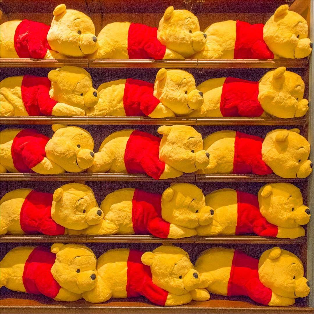 東京ディズニーランドのお土産ショップガイド♪人気のお菓子やキッチン